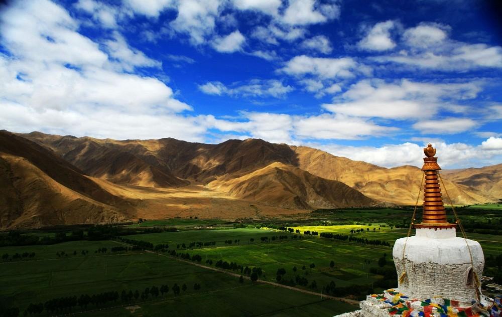 view of tsedang from Yumbu Lhakang