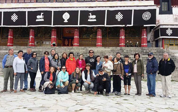 Tibet group tours