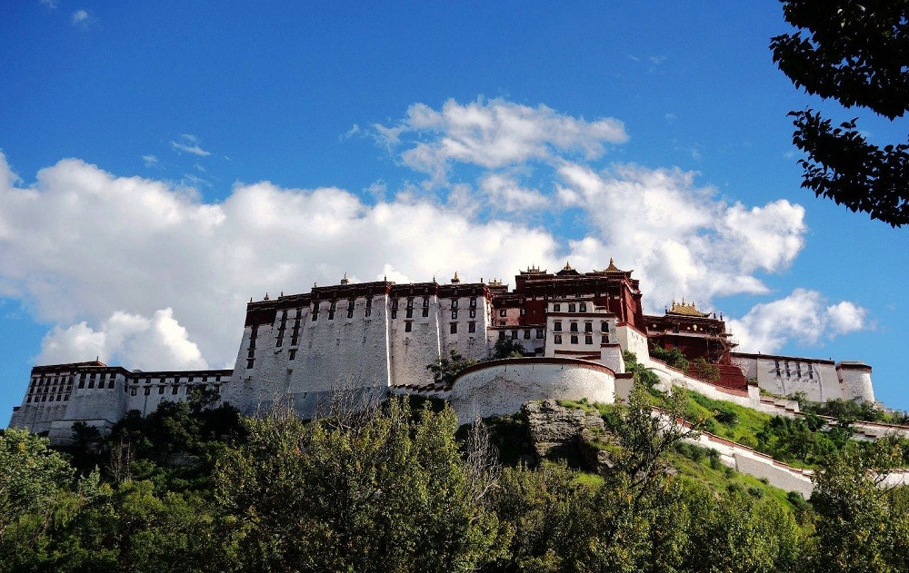 potala from Lukhang garden, How to go to Tibet?